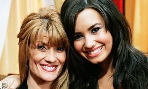 Mẹ Demi Lovato lần đầu chia sẻ chuyện con gái nhập viện vì sốc ma túy