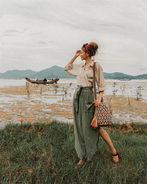 Chuyến hồi hương đẹp như mơ của công chúa tóc mây gốc Việt - 2