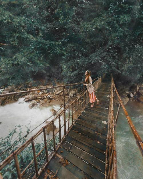 Chuyến hồi hương đẹp như mơ của công chúa tóc mây gốc Việt - 4