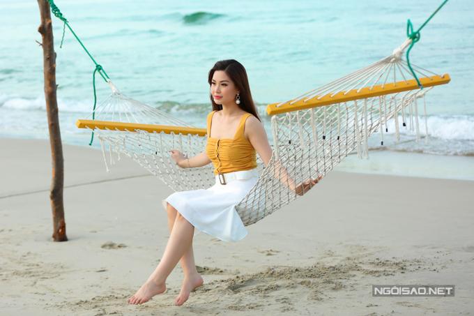 Á hậu Diễm Trang chơi đùa với con gái - 10