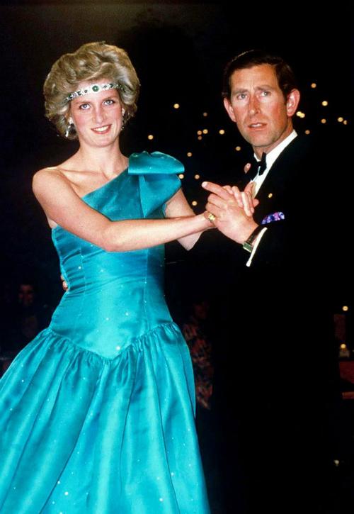 Những lần Diana chống đối lại các quy tắc của hoàng gia - 3