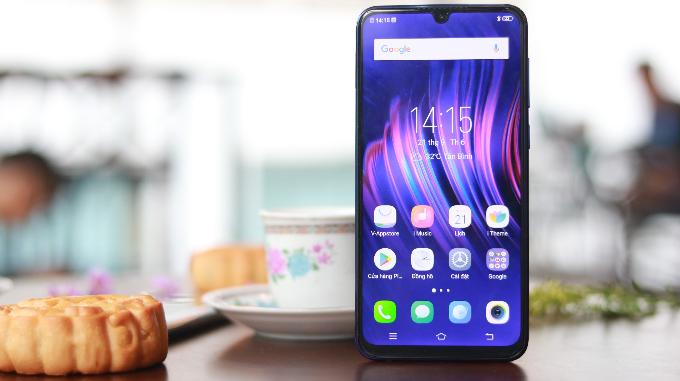 Vivo tung smartphone mới V11i giá 7,69 triệu đồng
