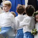 George nhí nhảnh, Charlotte phụng phịu trong đám cưới bạn thân mẹ Kate