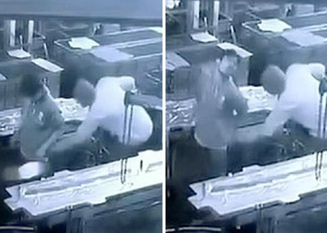 Quản đốc nhà máy ở huyệnKolhapur, bang Maharashtra, Ấn Độ dùng vòi khí nén xịt vào hậu môn nhân viên hôm 3/9 khiến anh này qua đời hôm 18/9. Ảnh cắt từ video.