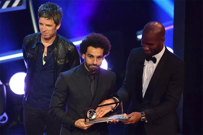 Salah ngoài việc lọt vào danh sách rút gọn ba ứng cử viên cho danh hiệu cầu thủ nam hay nhất còn đoạt giải Bàn thắng đẹp nhất năm với tuyệt phẩm ghi vào lưới Everton hồi tháng 12 năm ngoái.