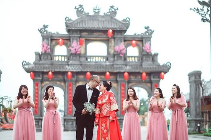 Sun World Halong Complex được xây dựng theo mô hình những công viên nổi tiếng thế giới, sở hữu nhiều bối cảnh kiến trúc lãng mạnmang đến cho các đôi uyên ương những bức hình cưới đẹp như mơ.
