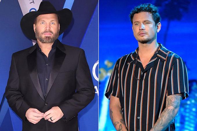 Garth Brooks (trái) cắt hợp đồng biểu diễn với Michael Ketterer.