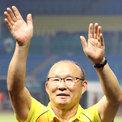 HLV Park Hang-seo và Văn Quyết đều không chọn Modric là số một