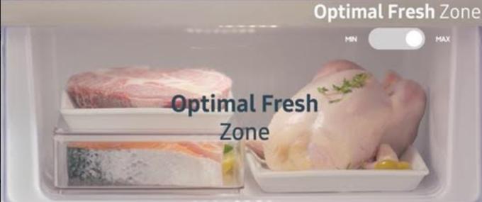 Dung tích của ngăn đông mềm -1O độ C và ngăn chứa rau củ của chiếc tủ lạnh Samsung BMF rất rộng, lên đến gần 27 lít có thể trữ được lượng lớn thức ăn trong nhiều ngày mà vẫn đảm bảo độ tươi ngon, tiết kiệm được nhiều thời gian cho gia đình.