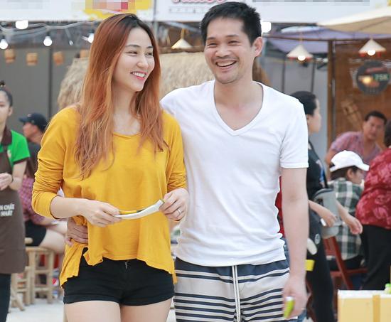 Ngân Khánh trong một lần về nước thăm chồng, cuối năm 2017.