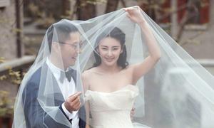 'Song Hye Kyo Trung Quốc' cãi vã, dùng dao đâm chồng