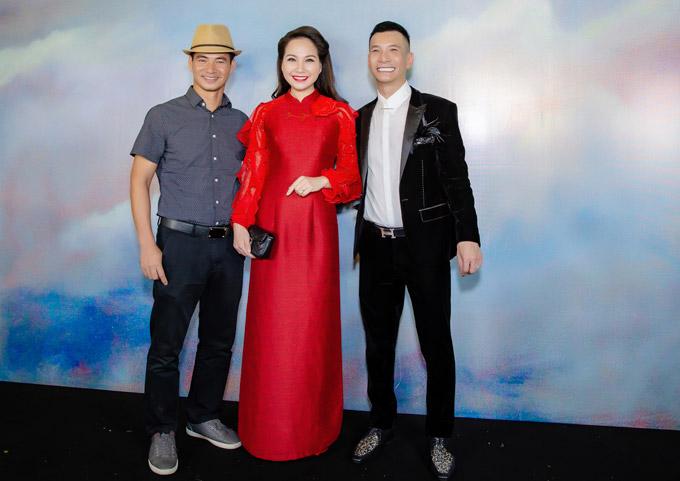 Nghệ sĩ Xuân Bắc, MC Mỹ Lan cũng đến chúc mừng NTK Kenny Thái.