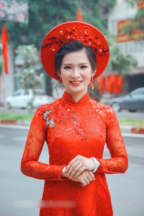 5 bí quyết chọn áo dài cưới cho cô dâu gầy, mảnh mai - 3