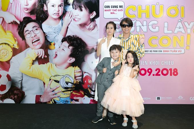 Bốn diễn viên chính của phim trong ngày ra mắt phim tại Hà Nội