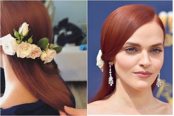 Madeline Brewer tỏa sáng tại Lễ trao giải Emmy 2018 với mái tóc gắn hoa hồng trắng tinh khôi.