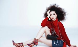 Giải vàng Siêu mẫu 2018 Quỳnh Hoa khoe chân dài khi làm mẫu ảnh