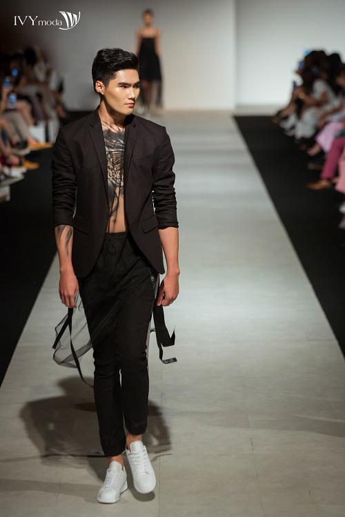 100-sac-thai-forever-young-tai-ivy-moda-fashion-show-4