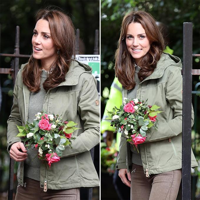 Nữ công tước xứ Cambridge có làn da rám nắng và khỏe khoắn sau kỳ nghỉ hè. Cô để kiểu tóc được cắt ngắn, duỗi thẳng hơn một chút so với trước đây.