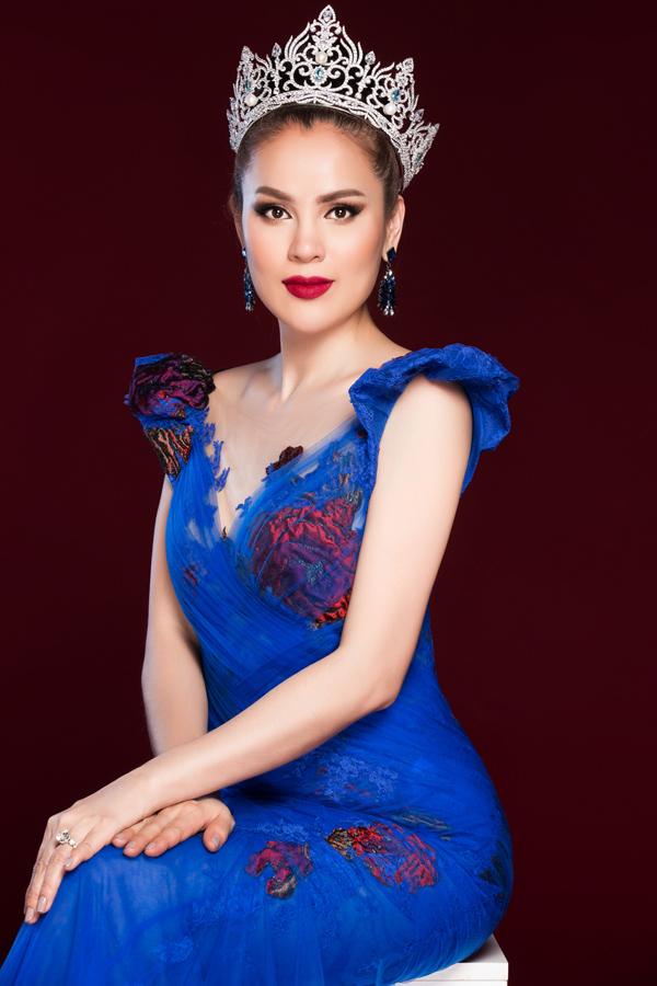 Hoa hậu Phương Lê diện váy xuyên thấu của Hoàng Hải - 5
