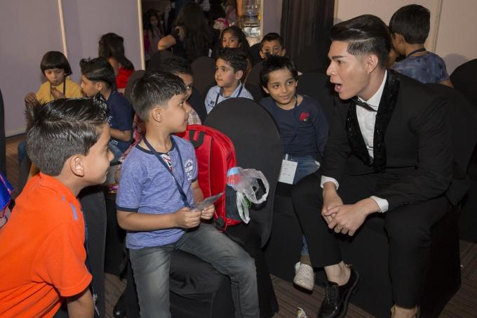Đạo diễn Nguyễn Hưng Phúc thực hiện tuần lễ thời trang trẻ em Ấn Độ - 8