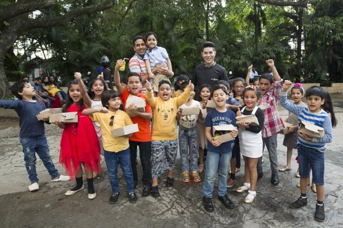 Đạo diễn Nguyễn Hưng Phúc thực hiện tuần lễ thời trang trẻ em Ấn Độ - 9