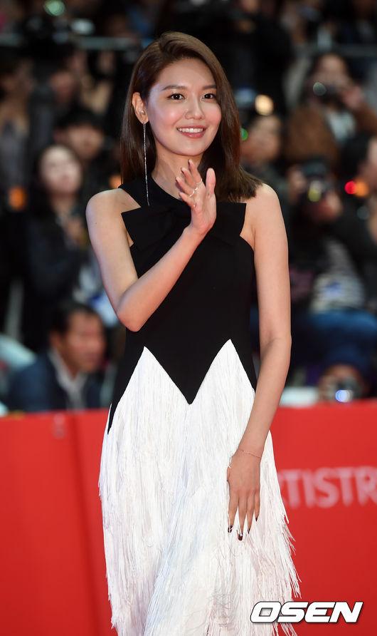 Choi-Soo-young.