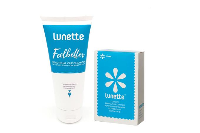 Bộ phụ kiện Lunette vệ sinh cốc nguyệt san chuyên dụng gồm nước vệ sinh cốc nguyệt san Lunette Fellbetter, giấy lau tiệt trùng cốc nguyệt san Lunette Cup Wipe. Hàng nhập khẩu chính hãng (tuýp 100 ml) trắng giá giảm 44% còn 399.000 đồng.