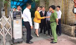 Bà Lê Hoàng Diệp Thảo bị 'chặn từ cửa' khi về lại Trung Nguyên