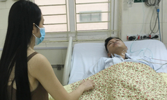 Tuấn Hưng nhập viện cấp cứu sau khi liveshow bị hủy