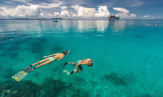 Resort như vườn hoa trên mặt biển ở Malaysia