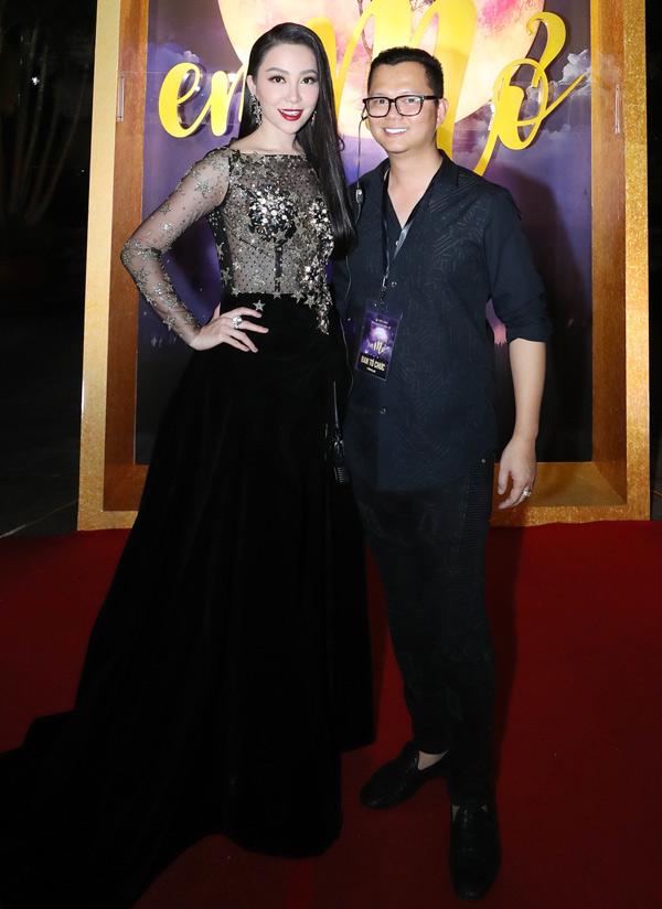 Linh Nga ủng hộ chương trình do đạo diễn Long Kan chỉ đạo thực hiện. Cô có một tiết mục múa.