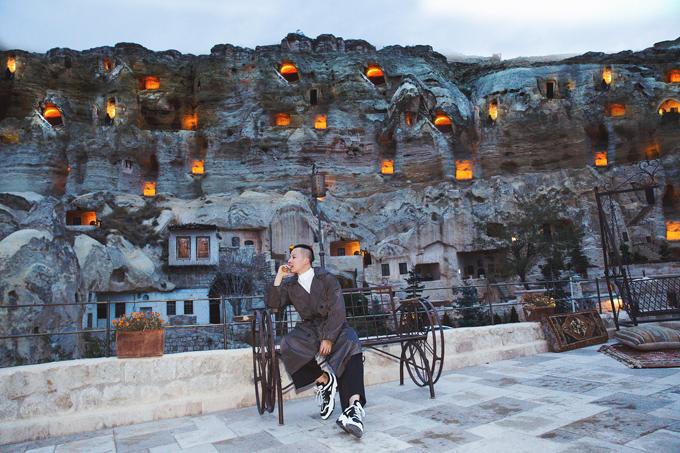 Ông trùm chân dài mê mẩn cảnh đẹp của Thổ Nhĩ Kỳ.