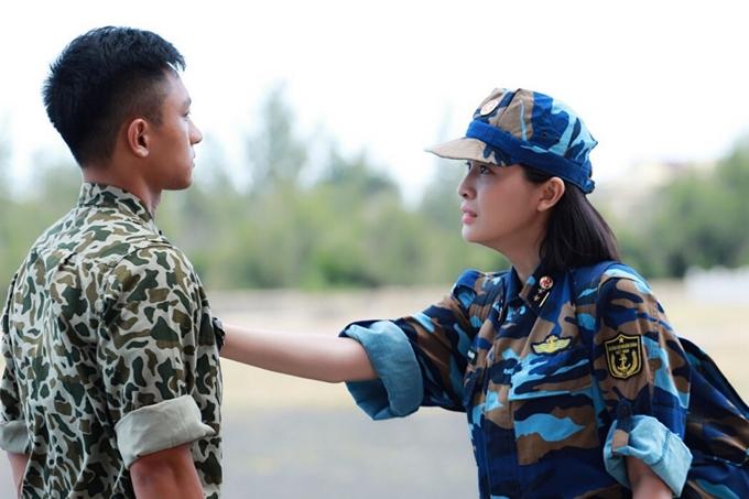 Cao Thái Hà đau lòng khi tát Hữu Vi trong phim Hậu duệ mặt trời