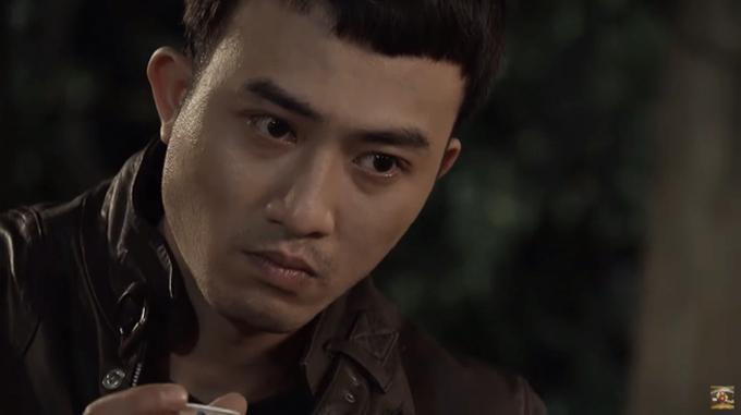 Nhân vật Cảnh do Doãn Quốc Đam thể hiện trong phim Quỳnh búp bê.