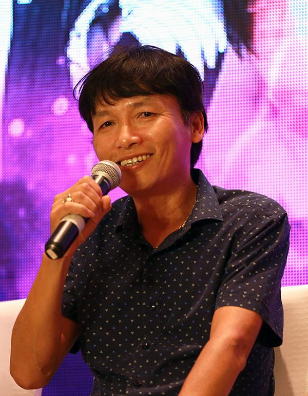 Đạo diễn Mai Hồng Phong tại buổi họp báo ra mắt phim Quỳnh búp bê diễn ra đầu tháng 6/2018.