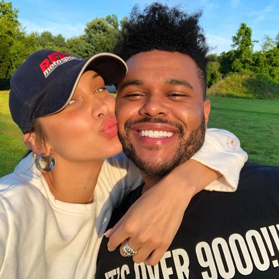 Vào ngày sinh nhật 22 tuổi của Bella Hadid (9/10), The Weeknd bất ngờ công khai video và loạt ảnh tình cảm của hai người kèm theo lời chia sẻ: Chúc mừng sinh nhật thiên thần!.