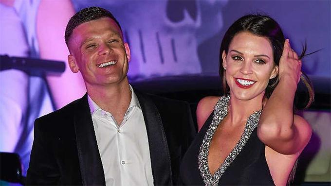 Danielle Lloyd và chồng sắp cưới Michael ONeill. Ảnh: CM.