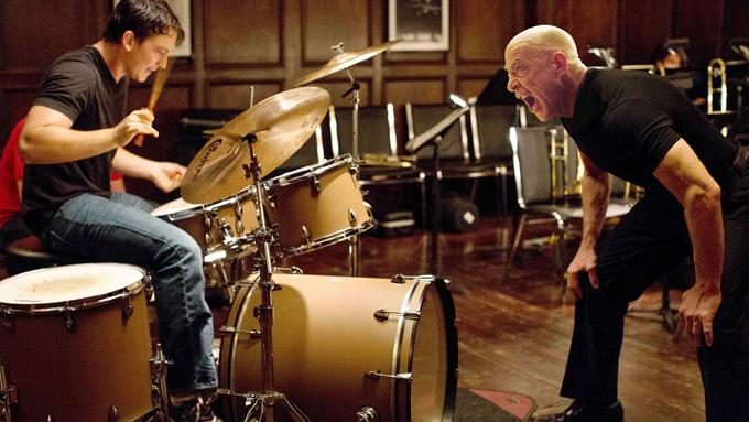 Fletcher quát mắng Andrew trong hầu hết các cảnh quay