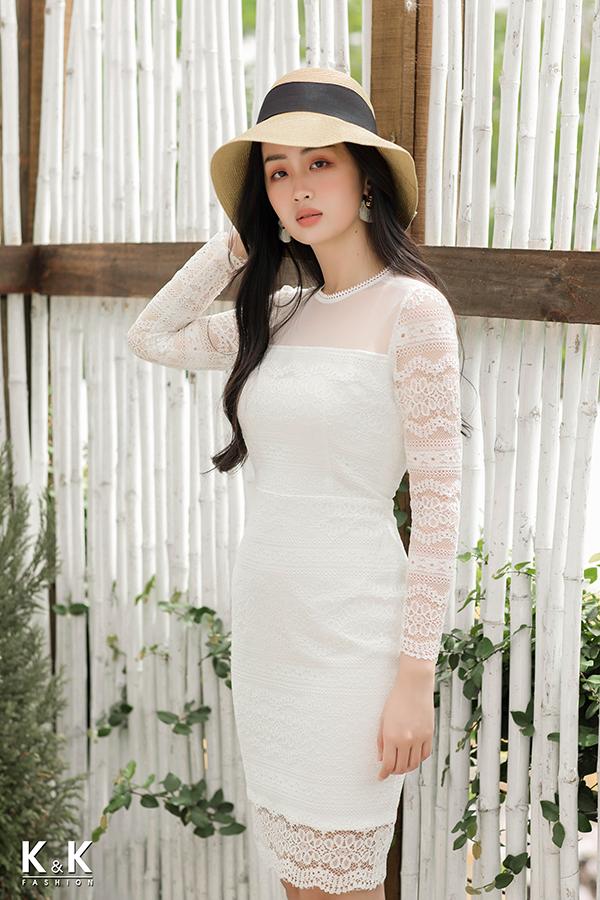Đầm ren trắng form ôm body HL03-22; giá gốc 500.000 đồng, giảm 50% còn 250.000 đồng.