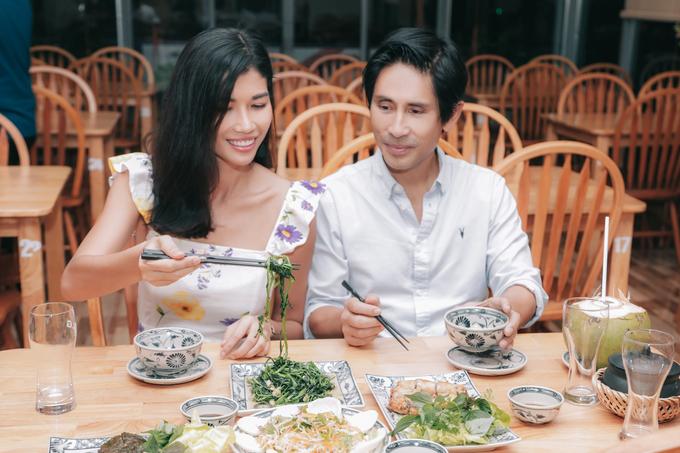 Trang Lạ học nấu món Bắc cho chồng thưởng thức