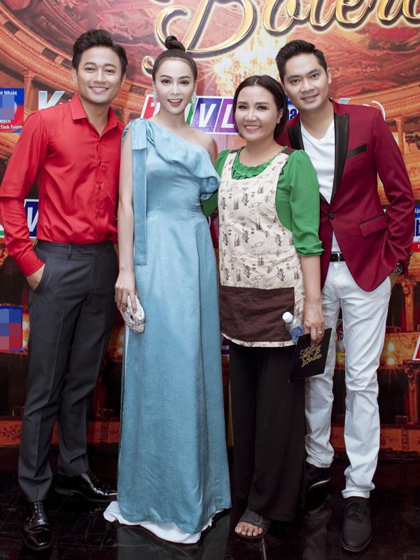 Ca sĩ Minh Luân cũng là khách mời trong đêm thi hát nhạc bolero.