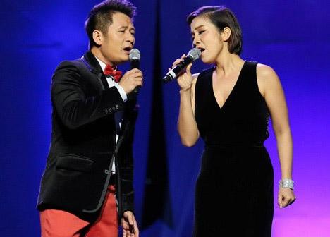 Mỹ Linh từng làm khách mời trong liveshow cá nhân của Bằng Kiều vào năm 2012.