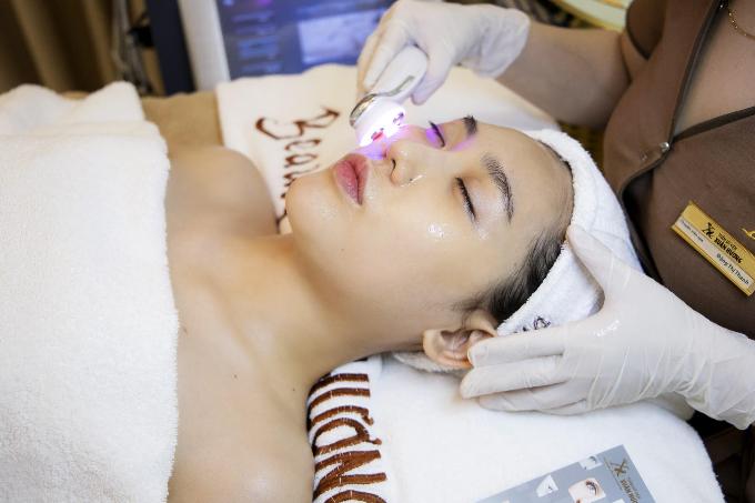 Trẻ hóa da kết hợp công nghệ giúp bạn gáisở hữu làn da căng mịn, tràn sức sống.