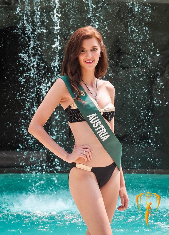Một số thí sinh khác lại có body quá gầy như người đẹp Australia.