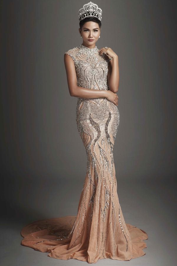 HHen cần chuẩn bị gì khi thi Hoa hậu Hoàn vũ 2018
