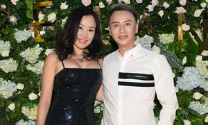 MC Nguyệt Ánh mặc sexy dự sinh nhật Văn Thành Công