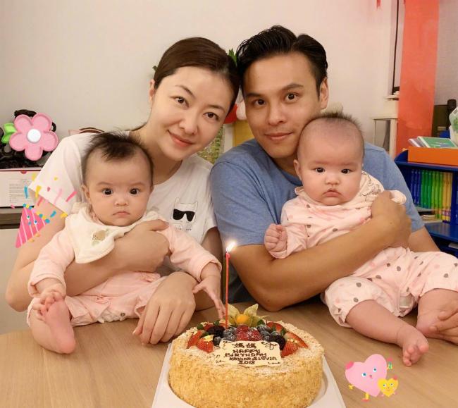 Hai em bé đáng yêu của vợ chồng Hùng Đại Lâm, Quách Khả Tụng.
