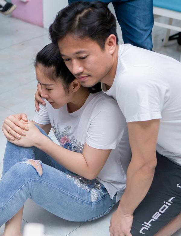 Quý Bình chia sẻ, anhcảm thấy thoải mái khi tái ngộ và diễn cặp cùng bạn gái cũ.