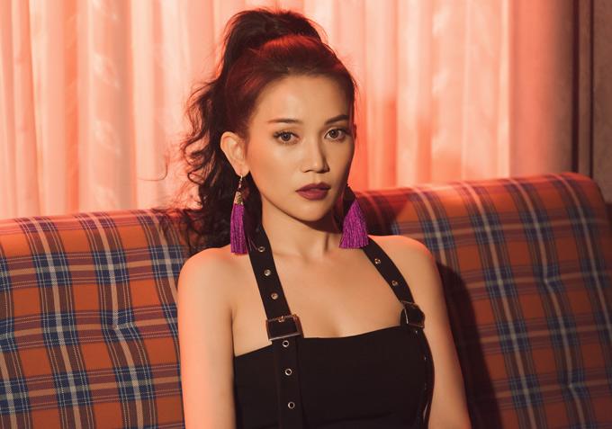Hiện Sĩ Thanh bận rộn với dự án web drama Bổn cung giá lâm và chuẩn bị ra mắt MV nhạc sôi động, đánh dấu chặng đường mới với âm nhạc.
