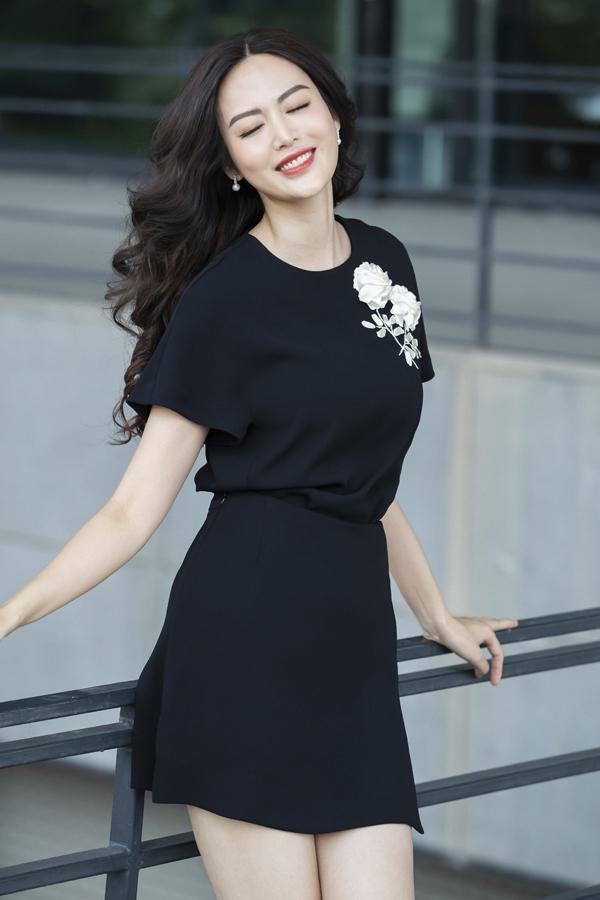 Theo Hoa hậu Việt Nam 1992, phụ nữcần biết cách yêu thương bản thân bởi khikhỏe mạnh, hạnh phúc thìmới có thể yêu thương và chăm sóc người khác. Cô cũng chia sẻ, sự lão hóa, tuổi già là mối lo ngại lớn với mỗi người, nhất là các chị em, nhưngmỗi người cần biết cách đón nhậnquy luật tự nhiên ấy và thay đổi để sống chung với nó.
